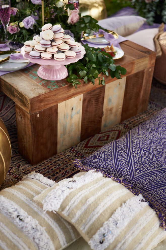 Moroccan-textures-seating