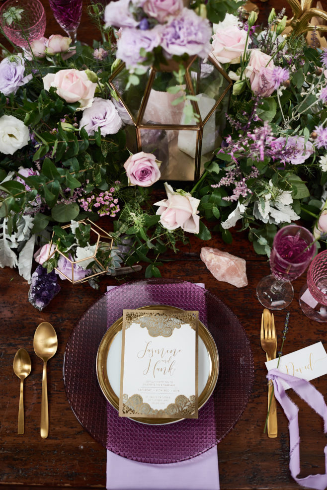 bridal-table-with-flowers