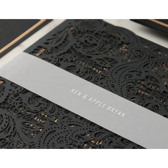 black_royal_lace_wedding_invite_with_belly_band
