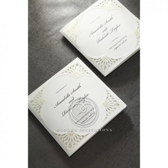framed-elegance-engagement-invitation-card-HB15104-E