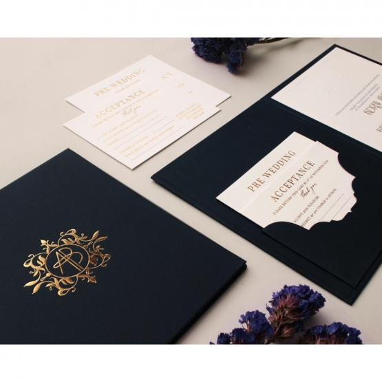 navy_hard_board_invitations_pack