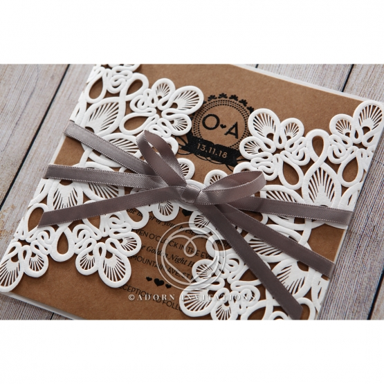blissfully-rustic--laser-cut-wrap-wedding-invite-card-PWI115057