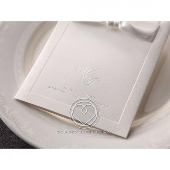 classic-ambiance-invitation-card-M18754