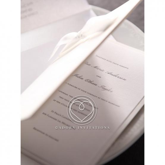 classic-ambiance-wedding-invitation-M18754