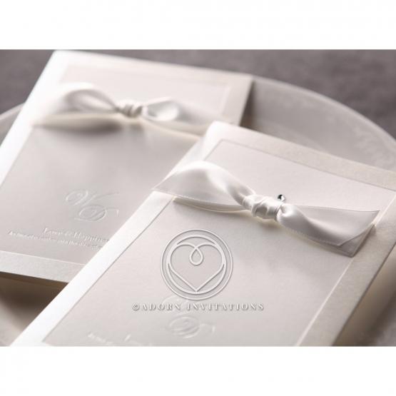 classic-ambiance-wedding-invite-card-M18754
