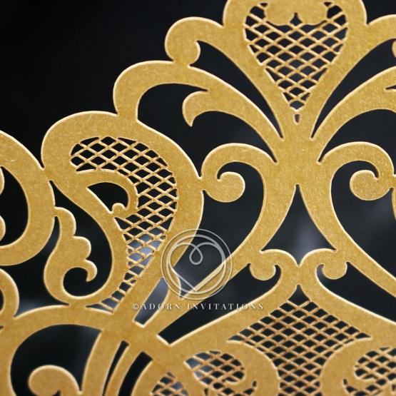 golden-baroque-pocket-invitation-card-design-WB150100