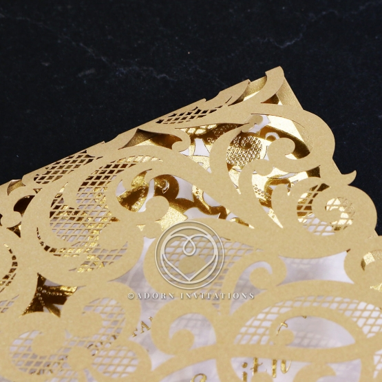 golden-baroque-pocket-with-foil-wedding-invitation-card-design-WB150100-F