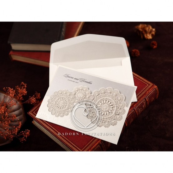 rustic-lace-pocket-card-HB11631