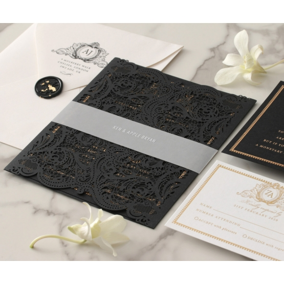 wedding_invitation_royal_lace_set_with_wax_seal_and_band