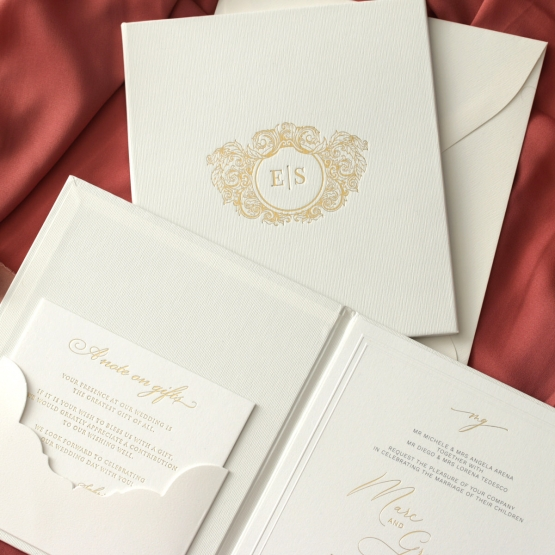white_hardcover_pocket_invite_with_foil